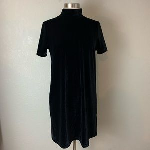 Madewell Black Velvet Shift Dress, Size Medium NWT